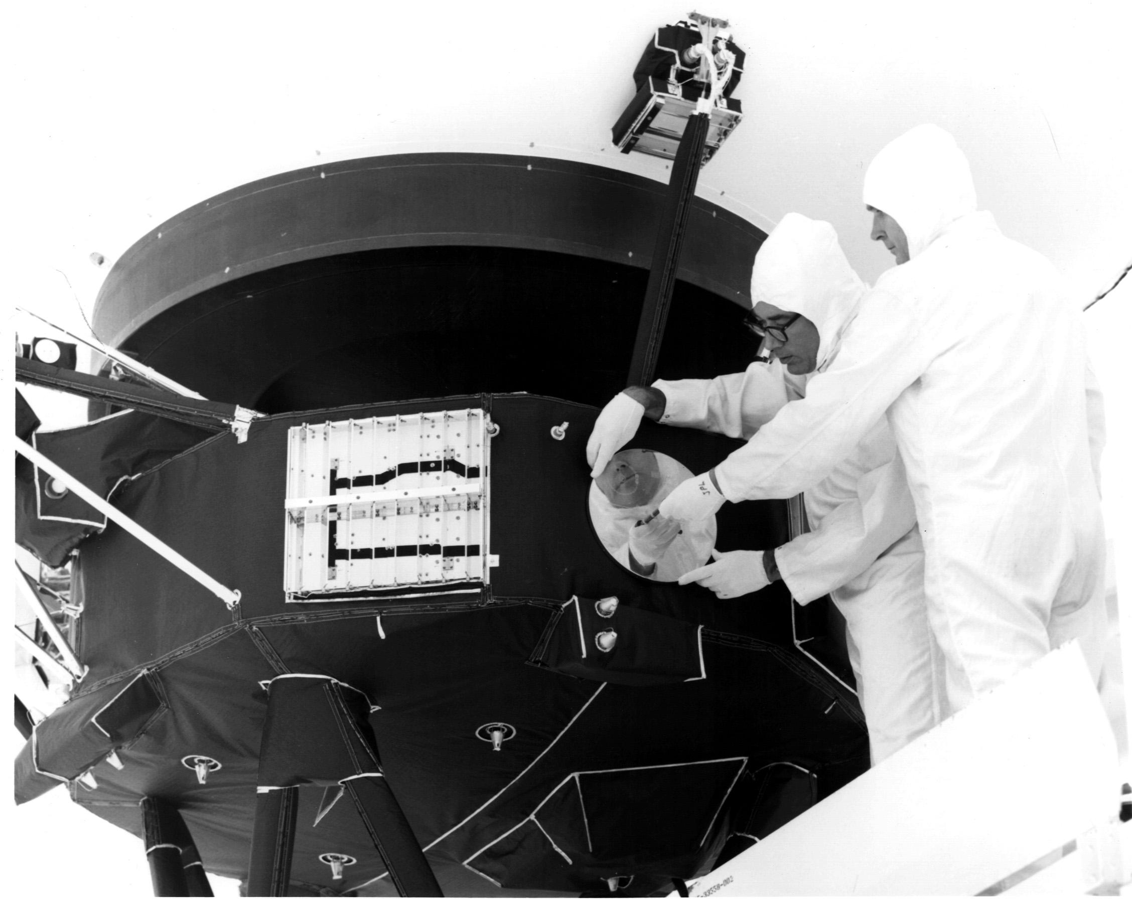 voyager spacecraft recording - photo #25