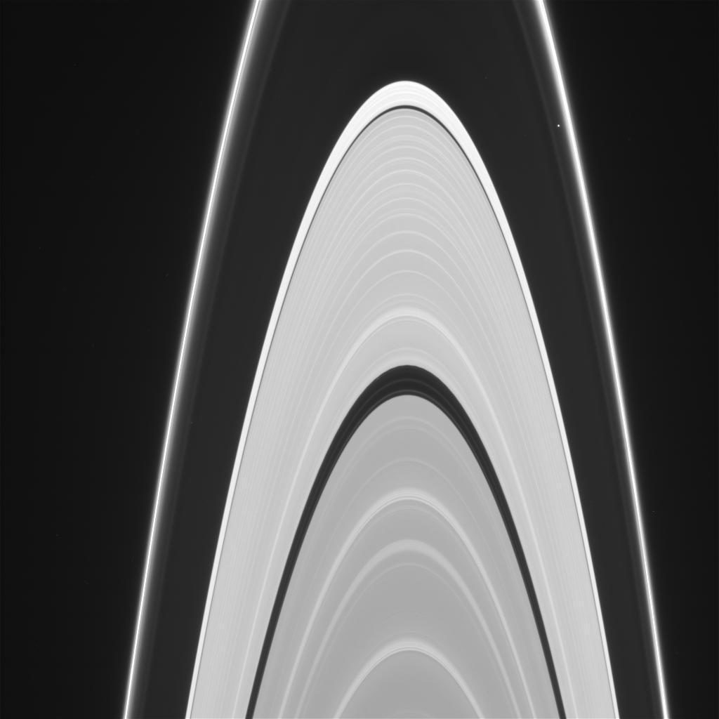Image of Saturn-rings – NASA Solar System Exploration