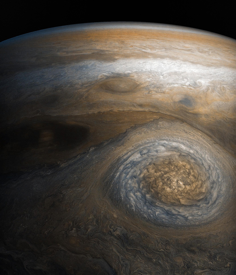 Swirling clouds in Jupiter's atmosphere