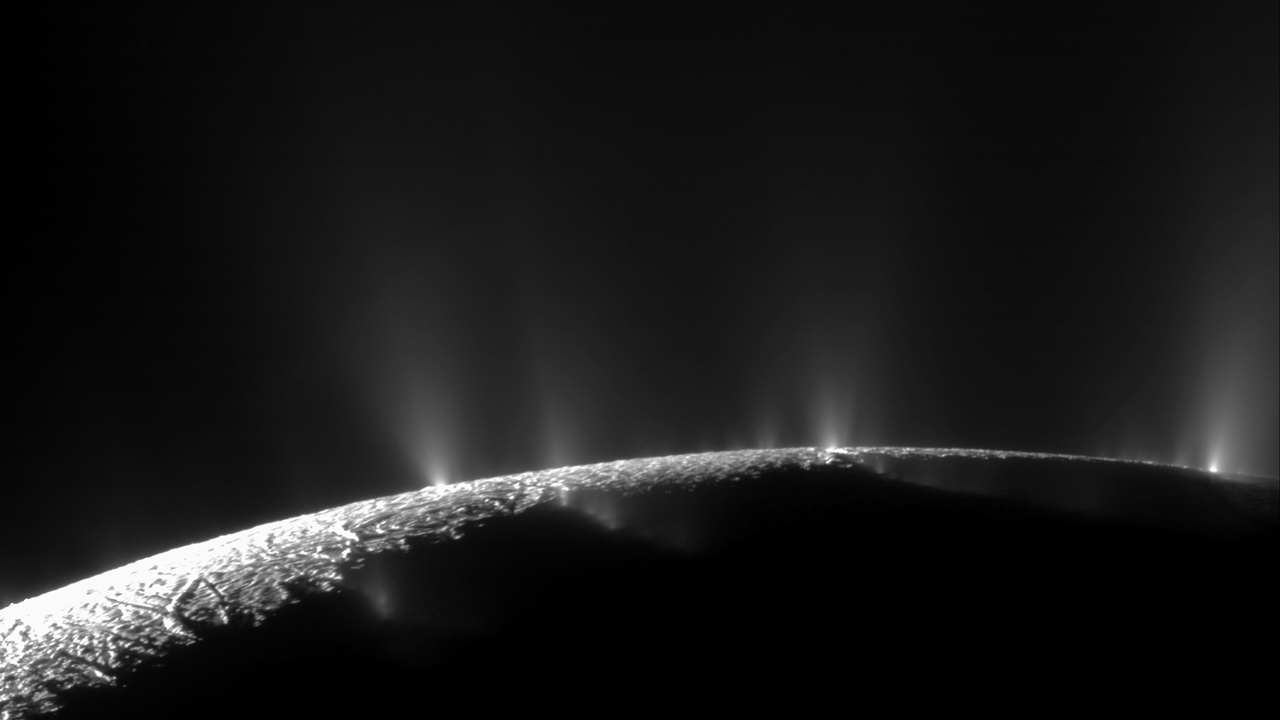 A graphic showing hydrothermal activity in Enceladus' core