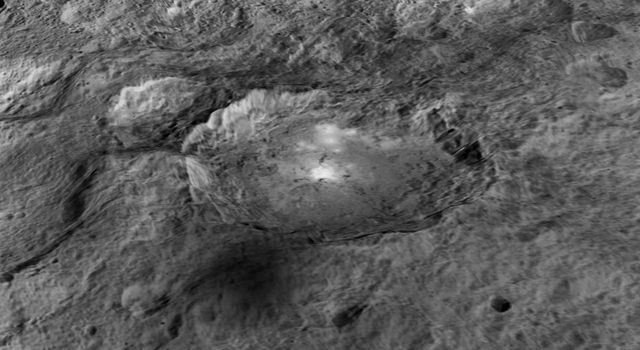 Occator Crater: Enhanced View