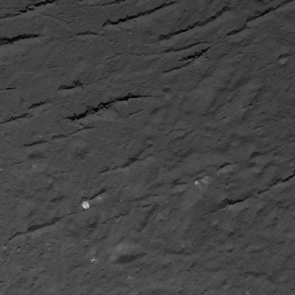 Fractures Across Occator Crater's Floor