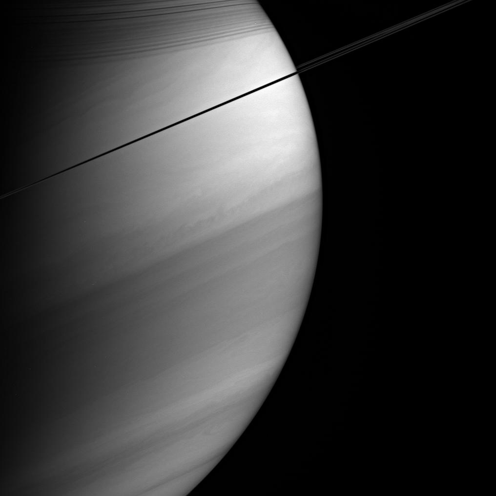 Saturn, its rings, and the rings' shadows