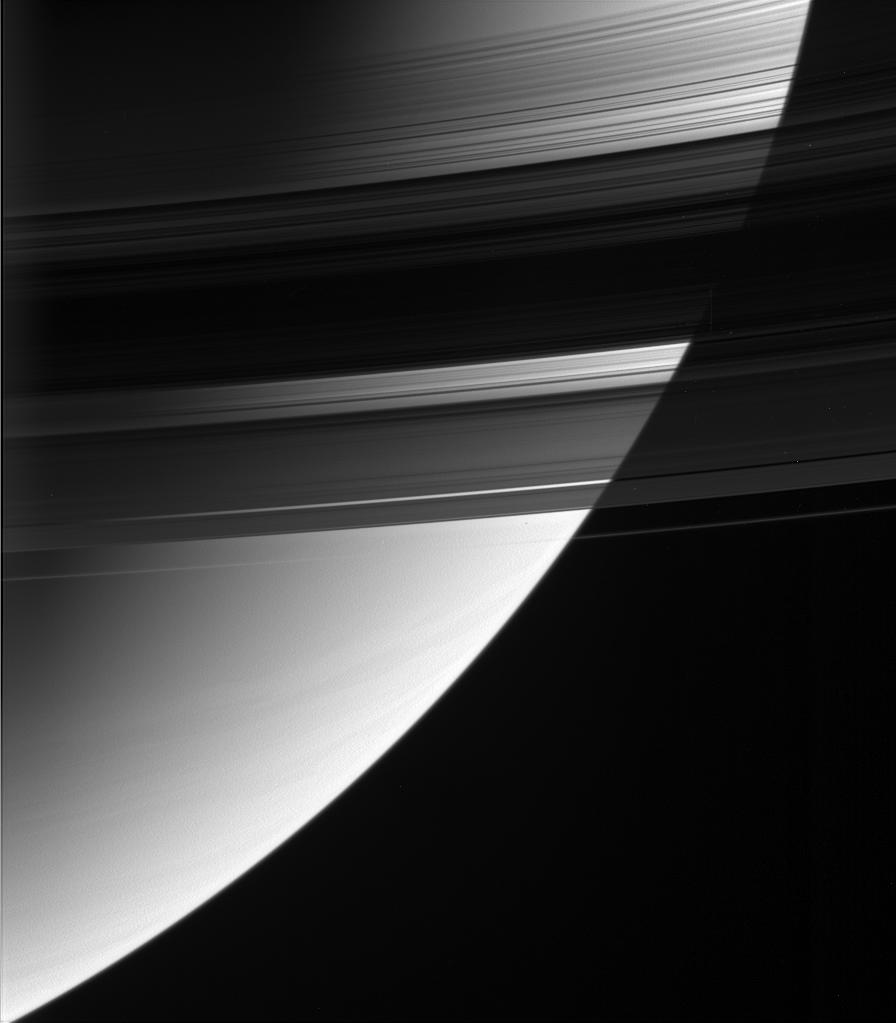 An image of Saturn through the rings.