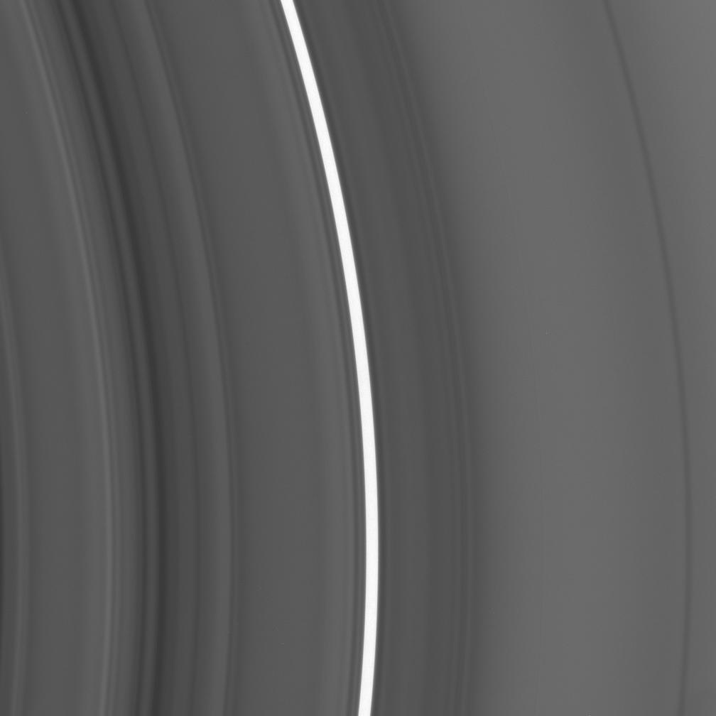 an image of the Saturn C ring centered