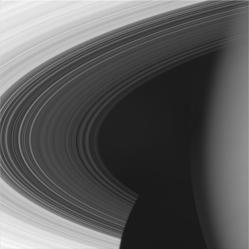 a beautiful image of Saturn and its rings