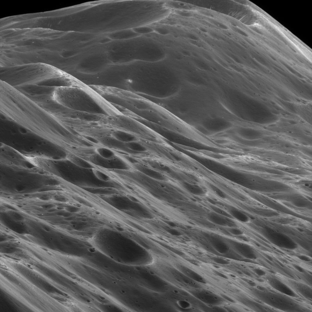 Mountainous terrain on Iapetus