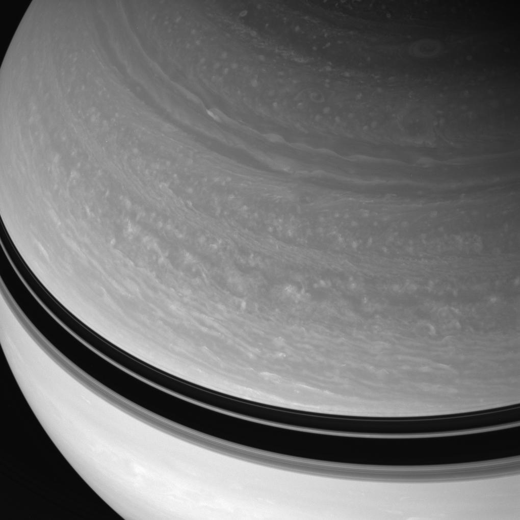 Saturn's northern cloud bands