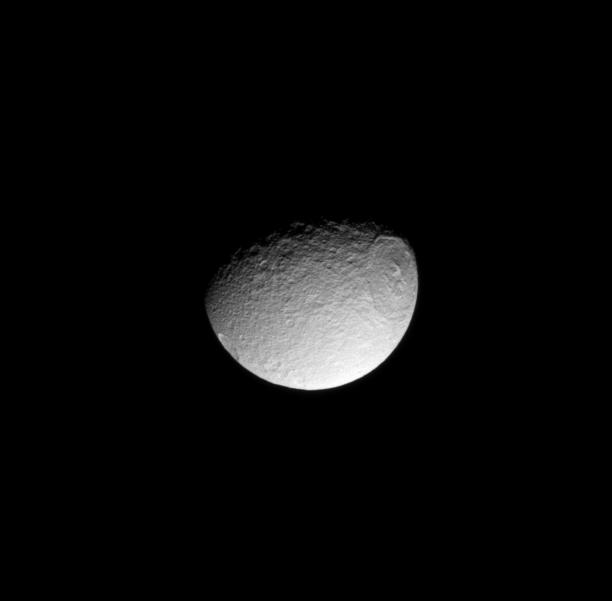 The leading hemisphere of Tethys