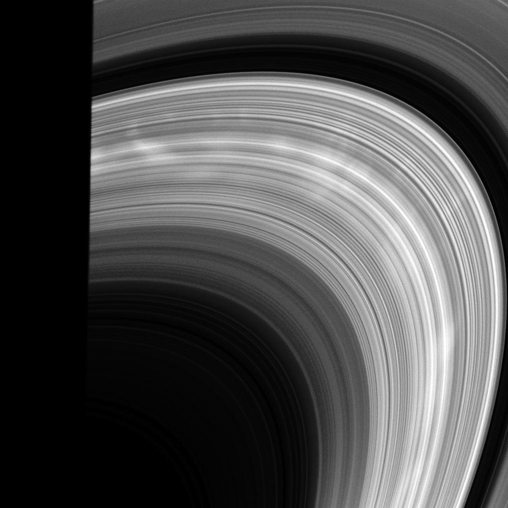 Bright spokes on Saturn's rings