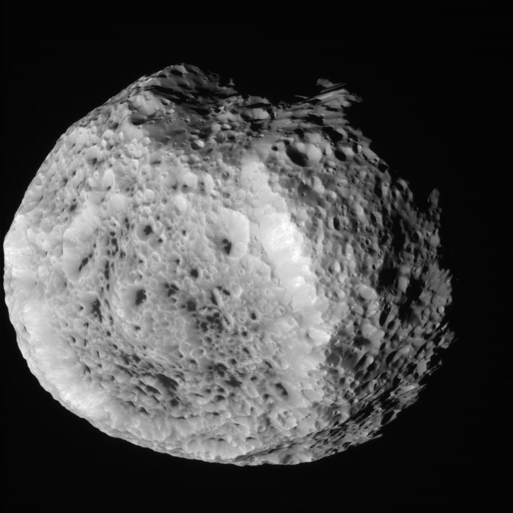 Hyperion, Close Up