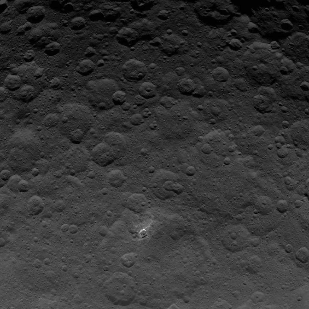 Dawn Survey Orbit Image 24