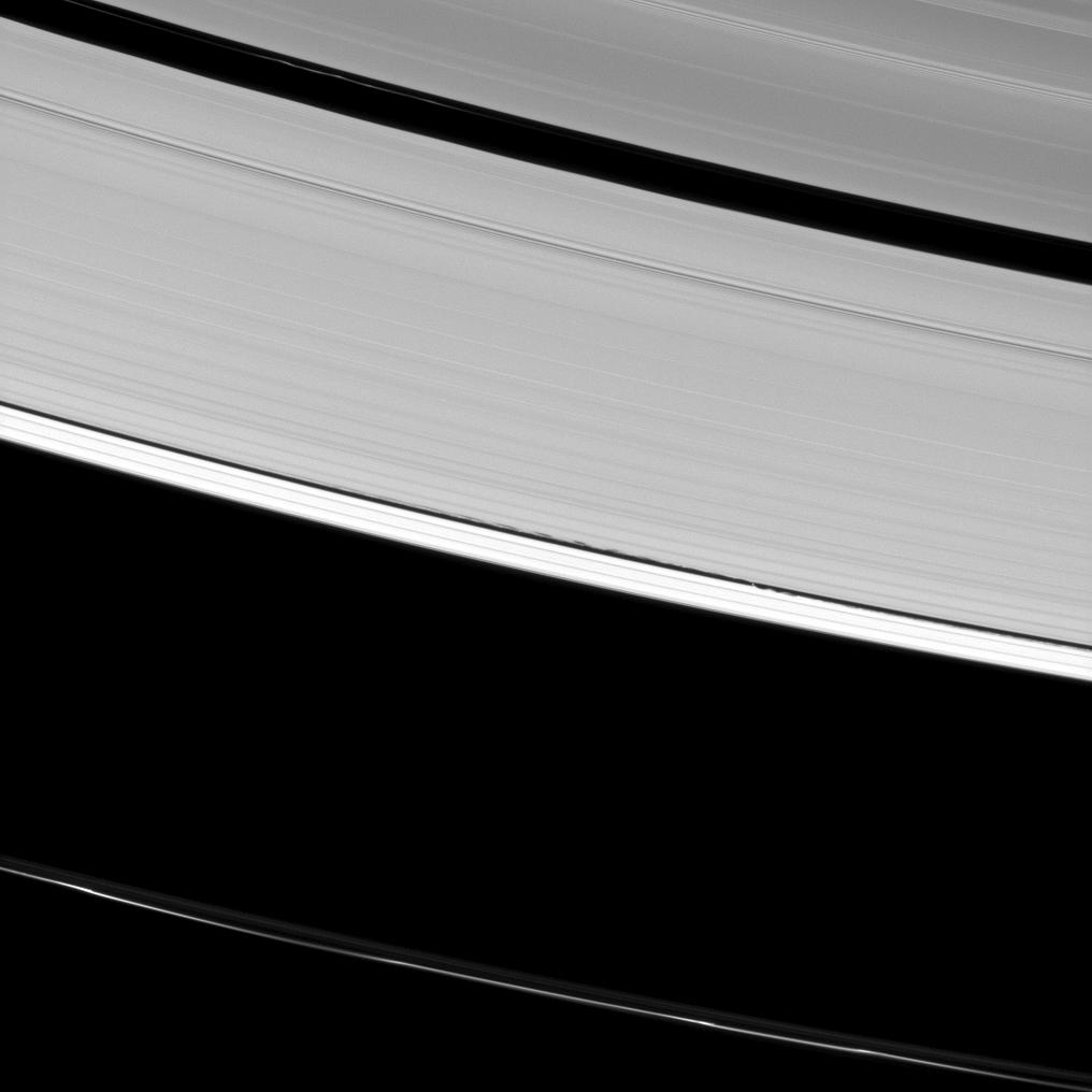 Saturn's rings and Daphnis