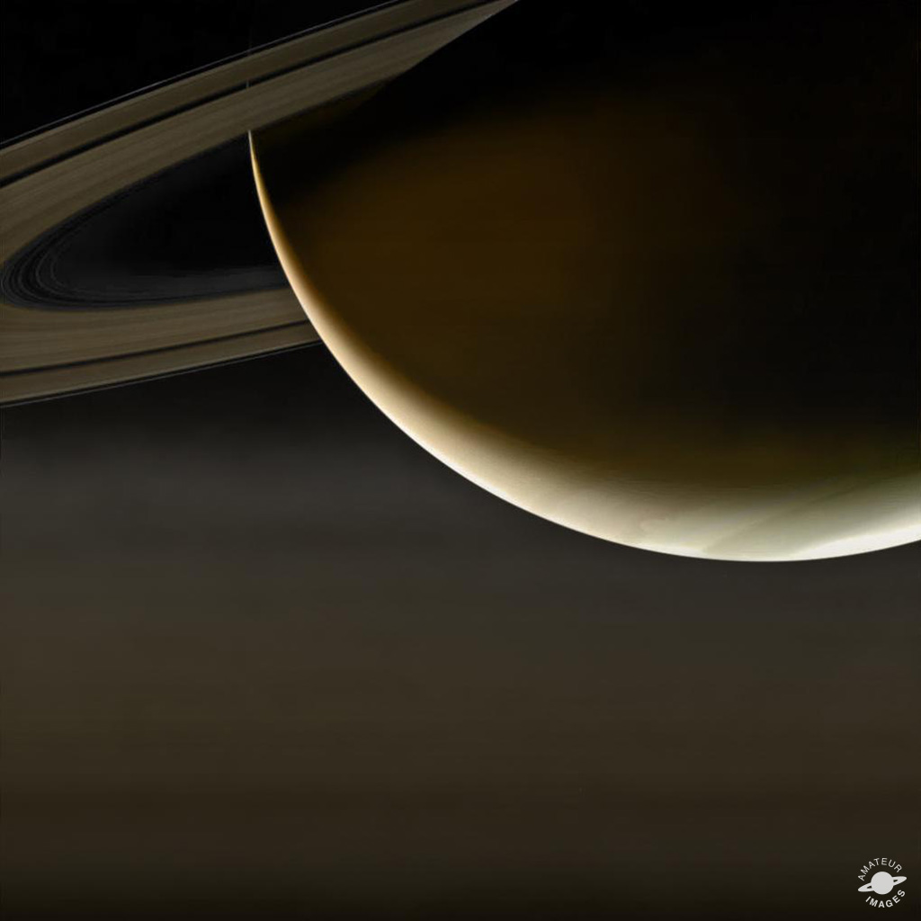 Crescent Saturn, based on the raw image from Cassini W00087155.jpg
