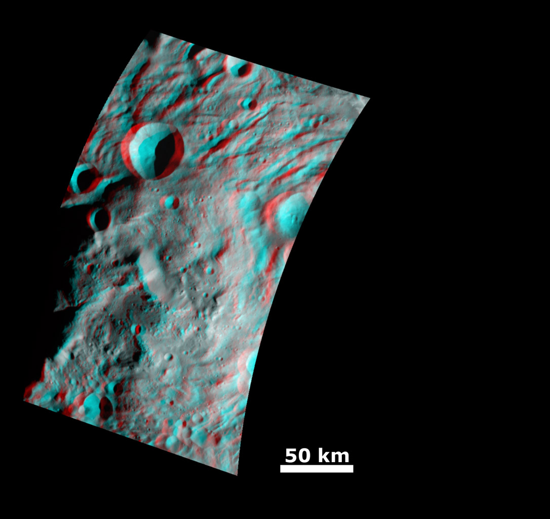 Impact Crater and Mountain-central Complex in Vesta's South Polar Region (Anaglyph)