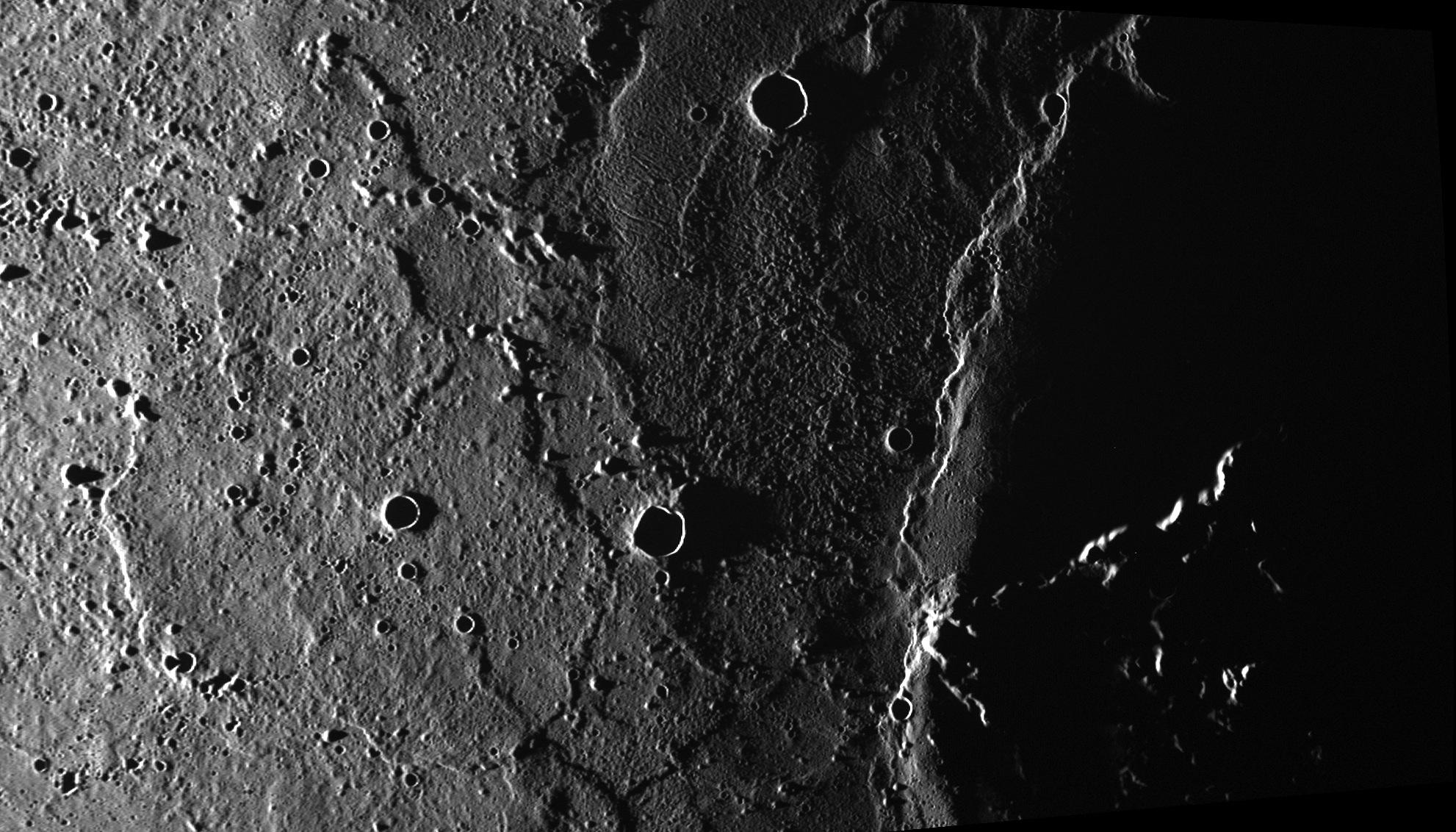 Craters and ridges on Mercury