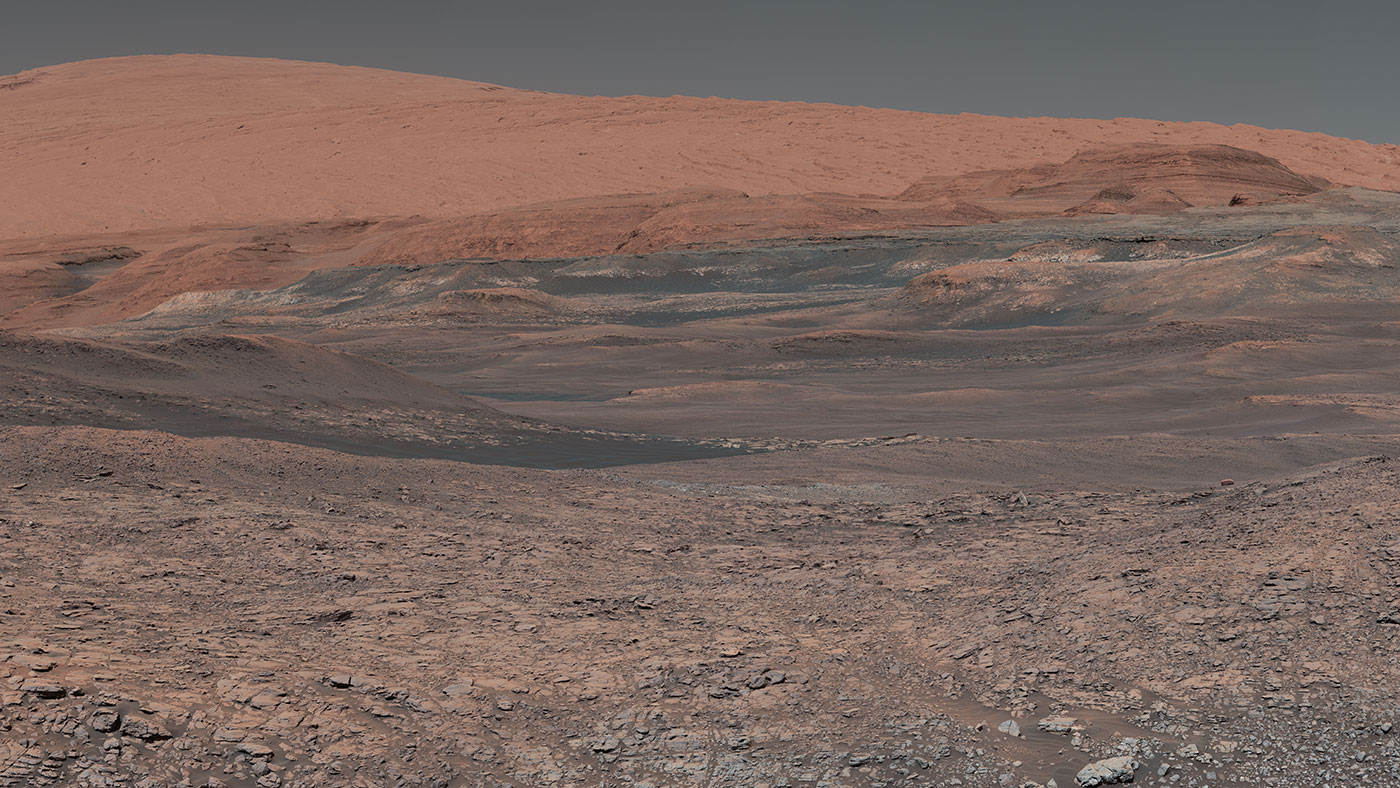 Mars Curiosity rover looks uphill at Mount Sharp