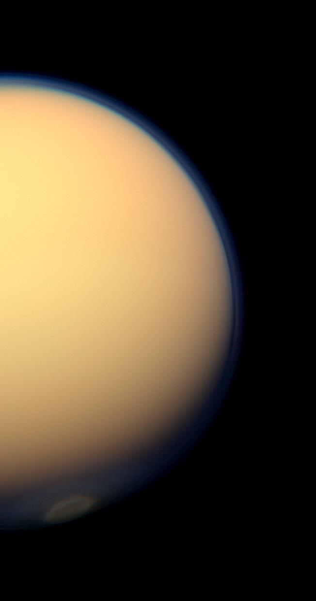 Natural color view of a polar vortex in Titan's atmosphere