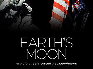 Astronauta y bandera estadounidense en la Luna con la Tierra en el cielo arriba.